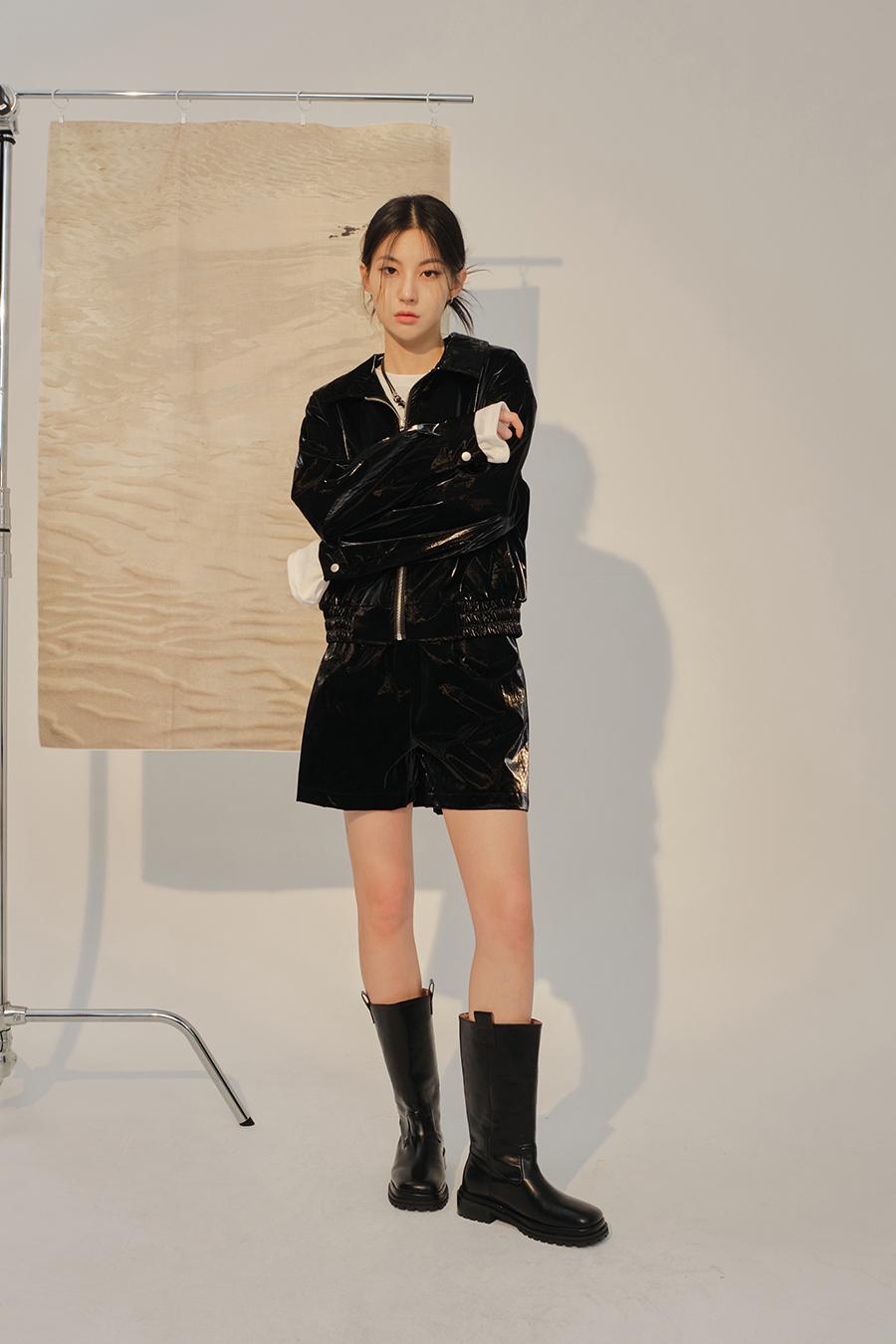 재킷 모델 착용 이미지-S1L49