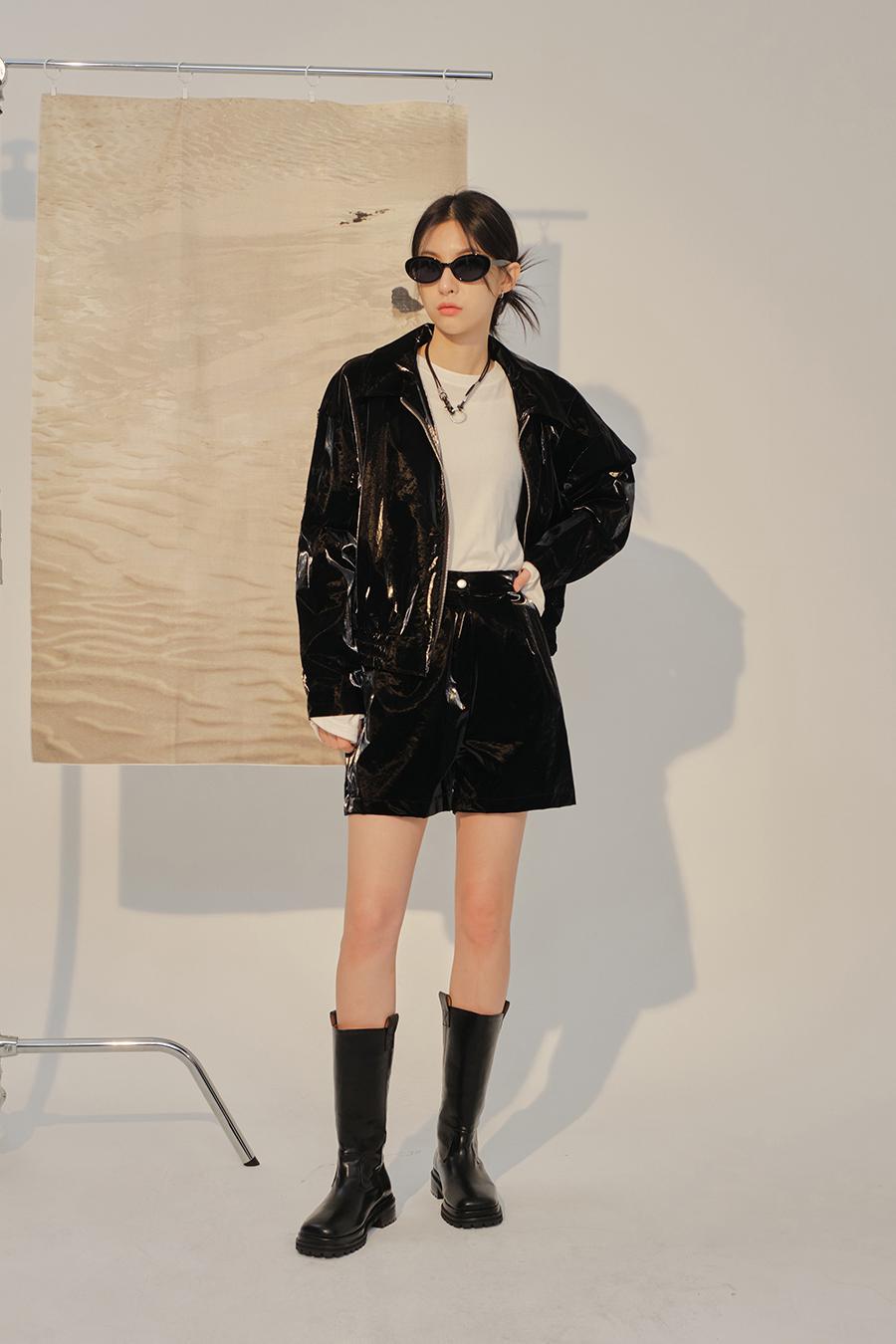 재킷 모델 착용 이미지-S1L26