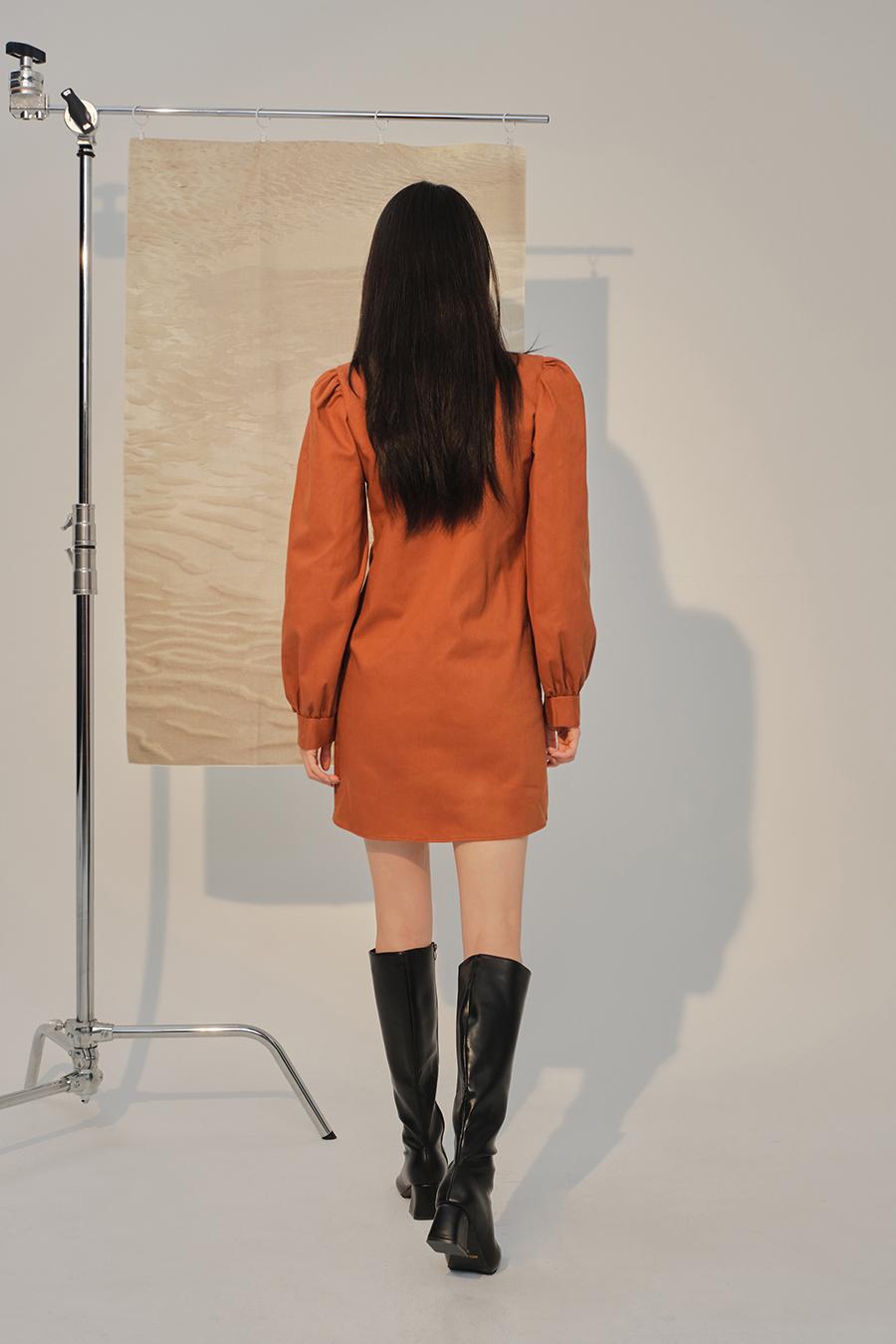 코트 모델 착용 이미지-S1L39
