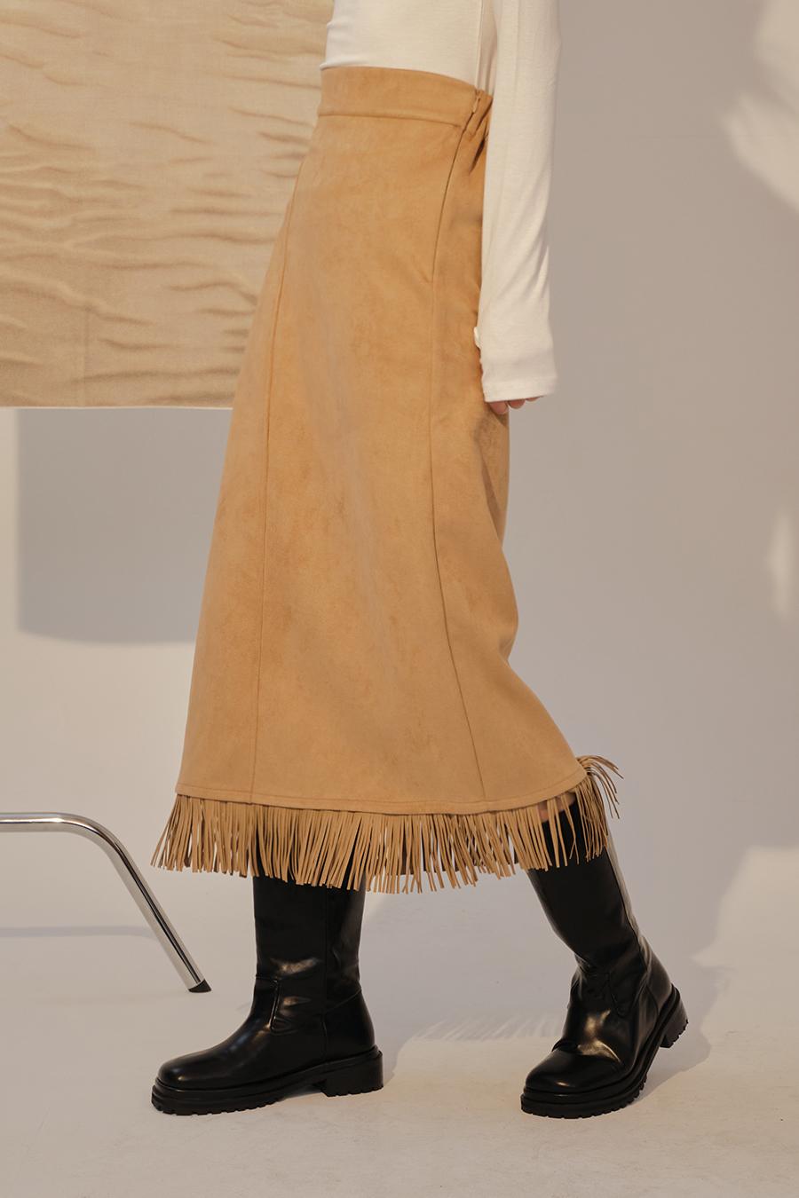 긴 드레스 모델 착용 이미지-S1L28