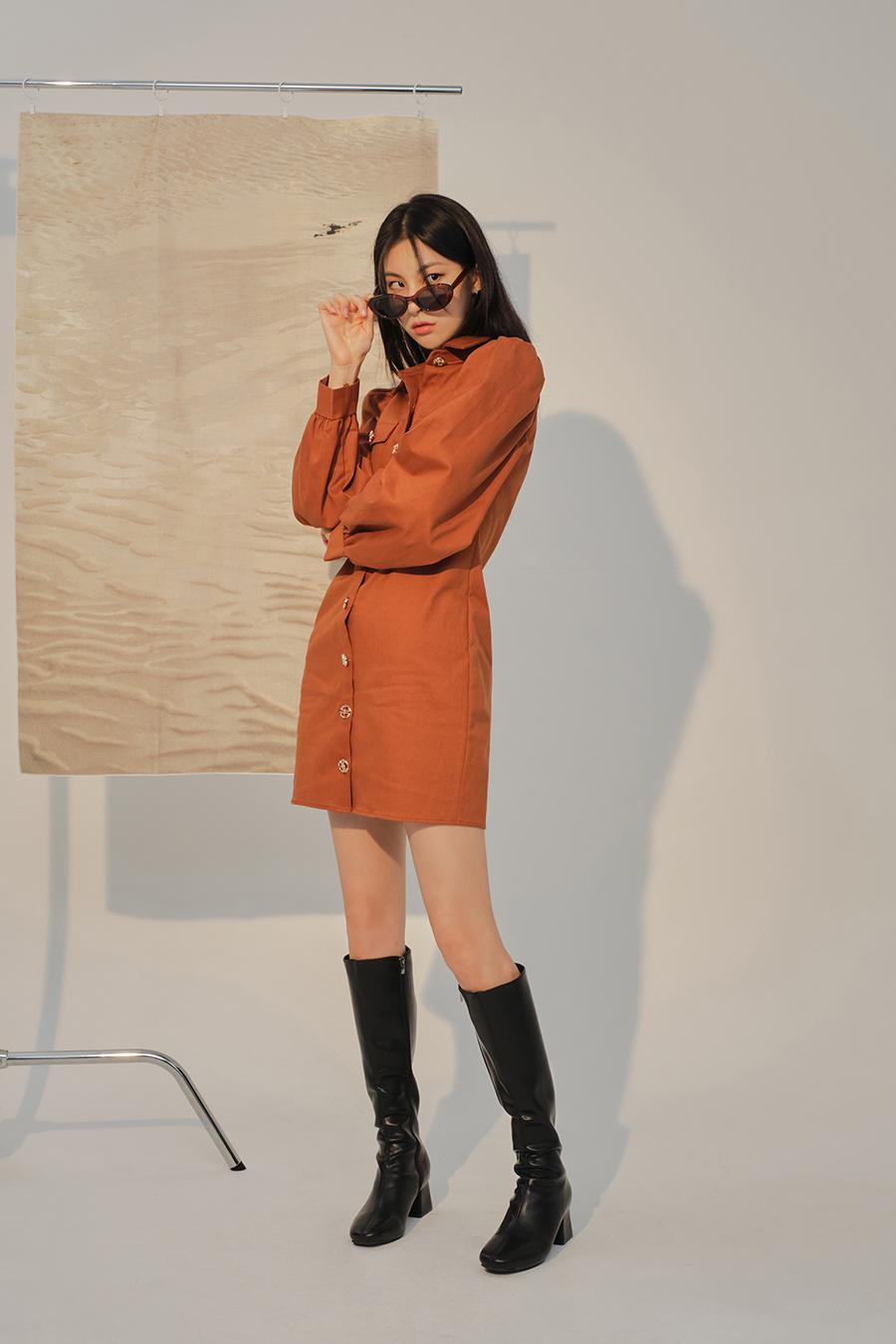 코트 모델 착용 이미지-S1L35