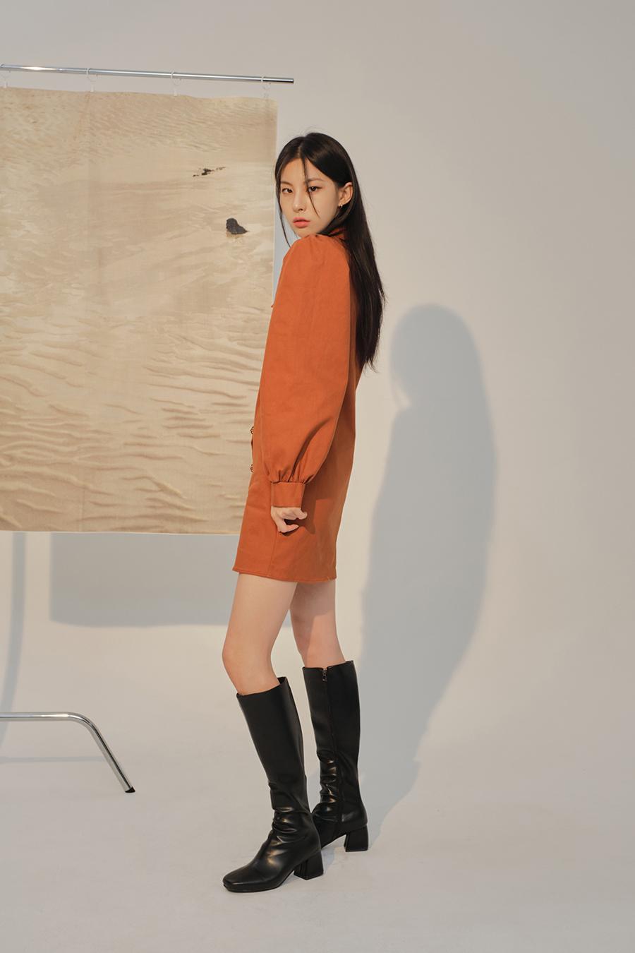 코트 모델 착용 이미지-S1L41