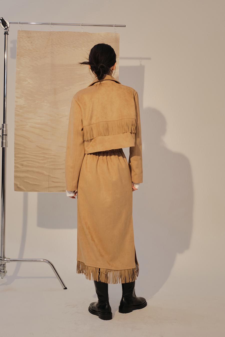 긴 드레스 모델 착용 이미지-S1L41