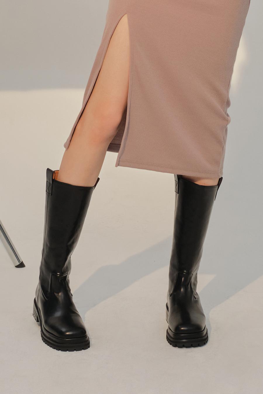 신발 모델 착용 이미지-S1L28